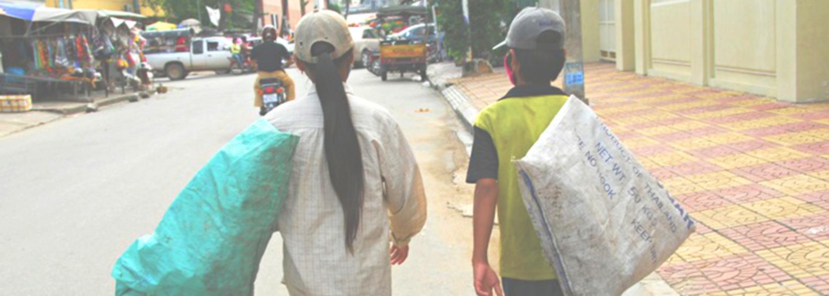 2014 FINALIST | Op-ed: Why we should treasure Cambodia's girl trash collectors
