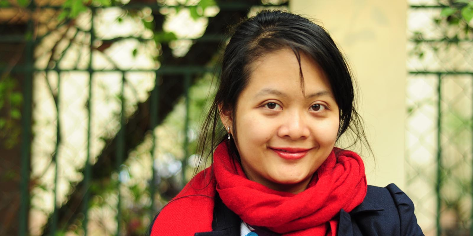 "2014 FINALIST | ""Because I am a woman"" – The Vietnamese woman helping others reach for a better life"